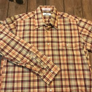 Fantastic Bill Blass plaid shirt w/ button pocket